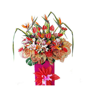 corporate-flowers-adisia-,carnations with panadas and otherfoilage