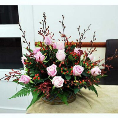 flowers arrangement pink love