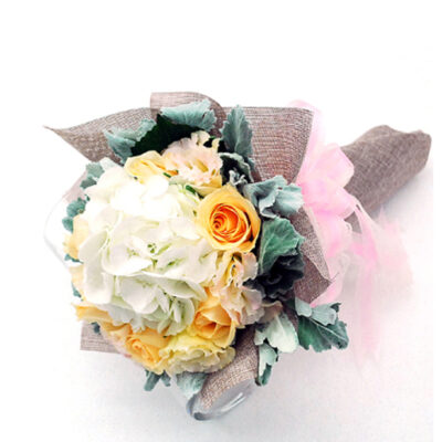 hand-bouquet-coronation-garden, Perfect for any event and celebration, brightening up the space.-e