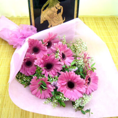 hand-bouquet-casual gift