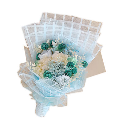 blue and off-white bouquet
